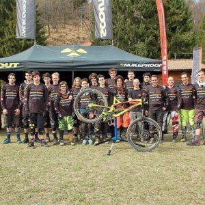 Squadra DH scout sponsorizzata UNITH